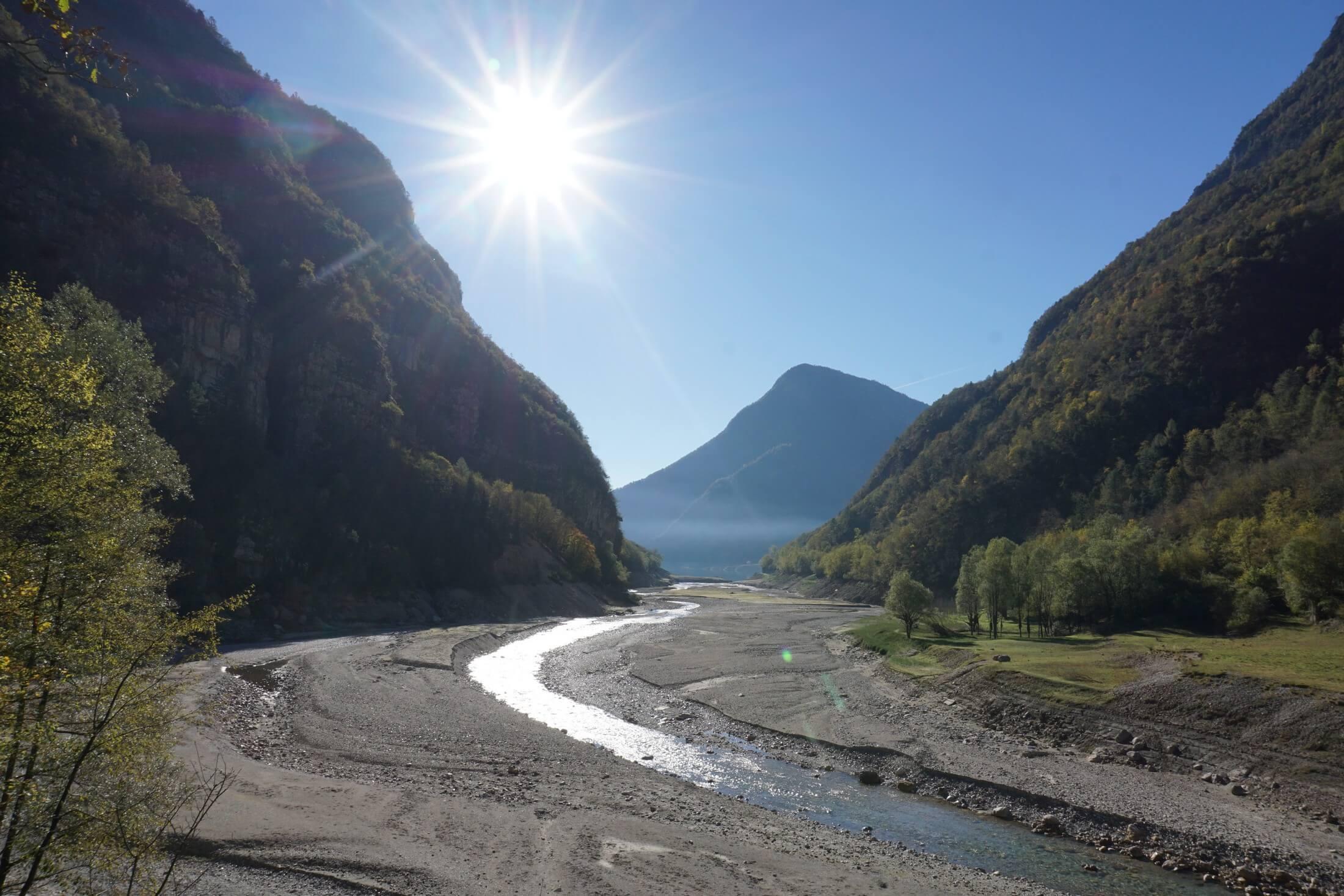 Valle del mis lago vuoto dolomiti review for Cabine del lago vuoto