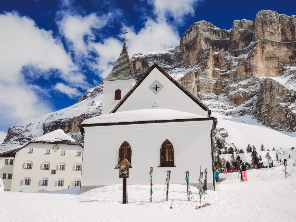 Santuario Sass de la Crusc Alta Badia - foto Dolomiti Review