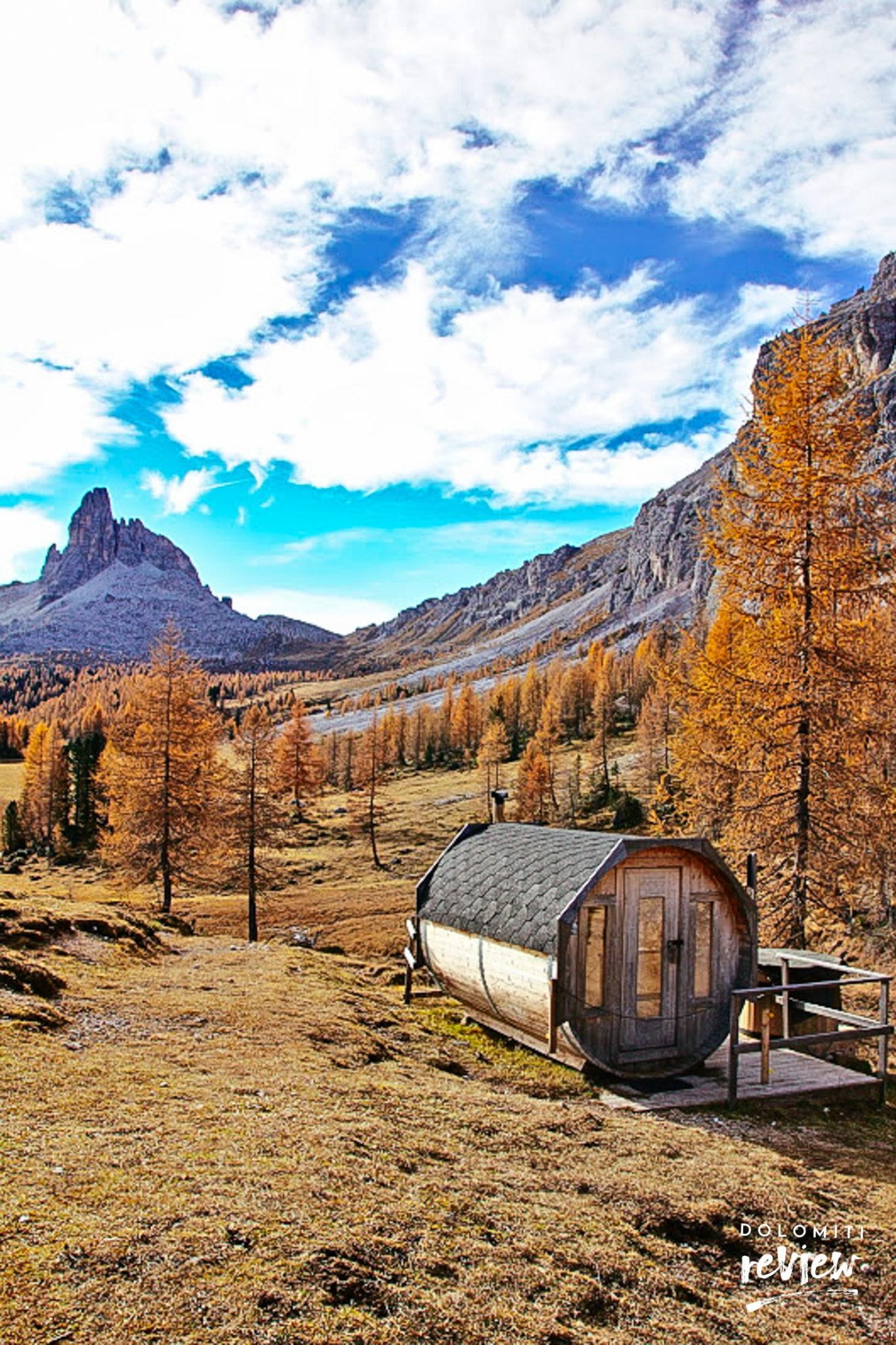 Sauna con vista sul Becco di Mezzodì al Rifugio Croda da Lago