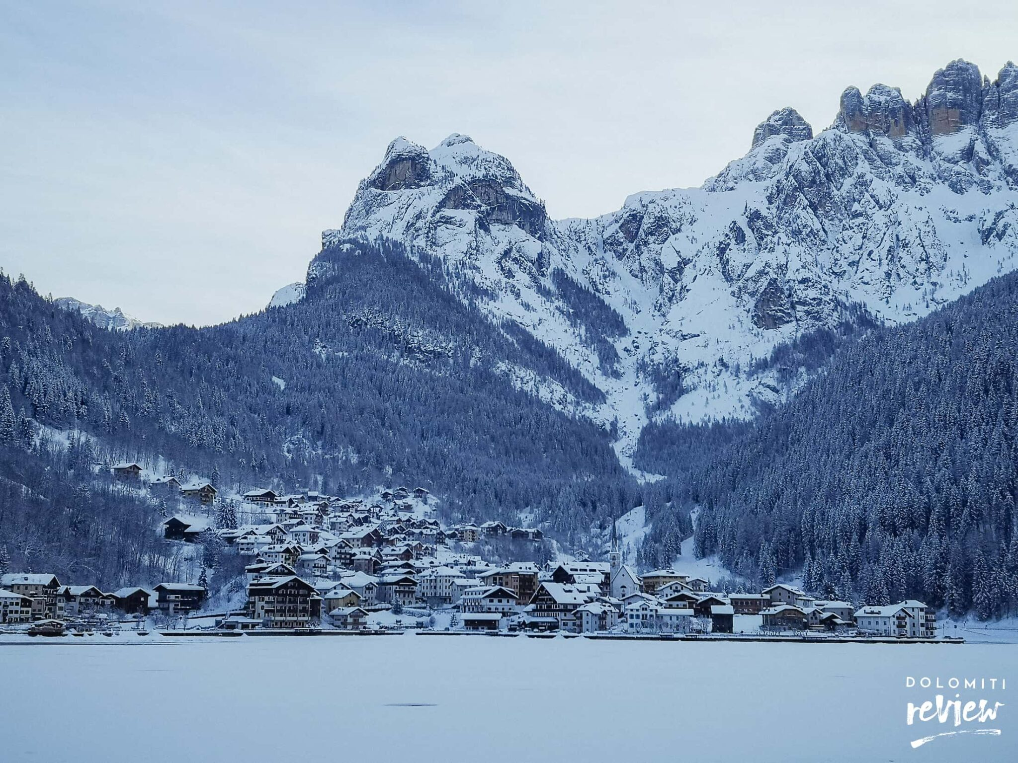 Lago di Alleghe in inverno