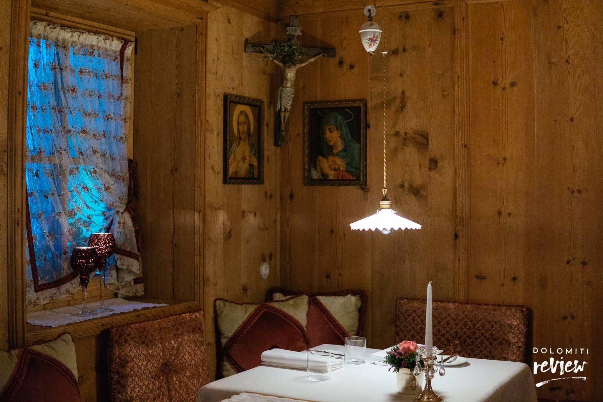 Sala interna ristorante Suinsom